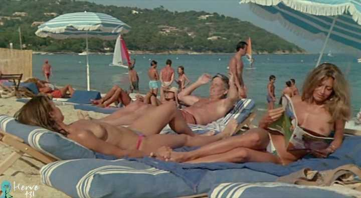 french topless beach pictures
